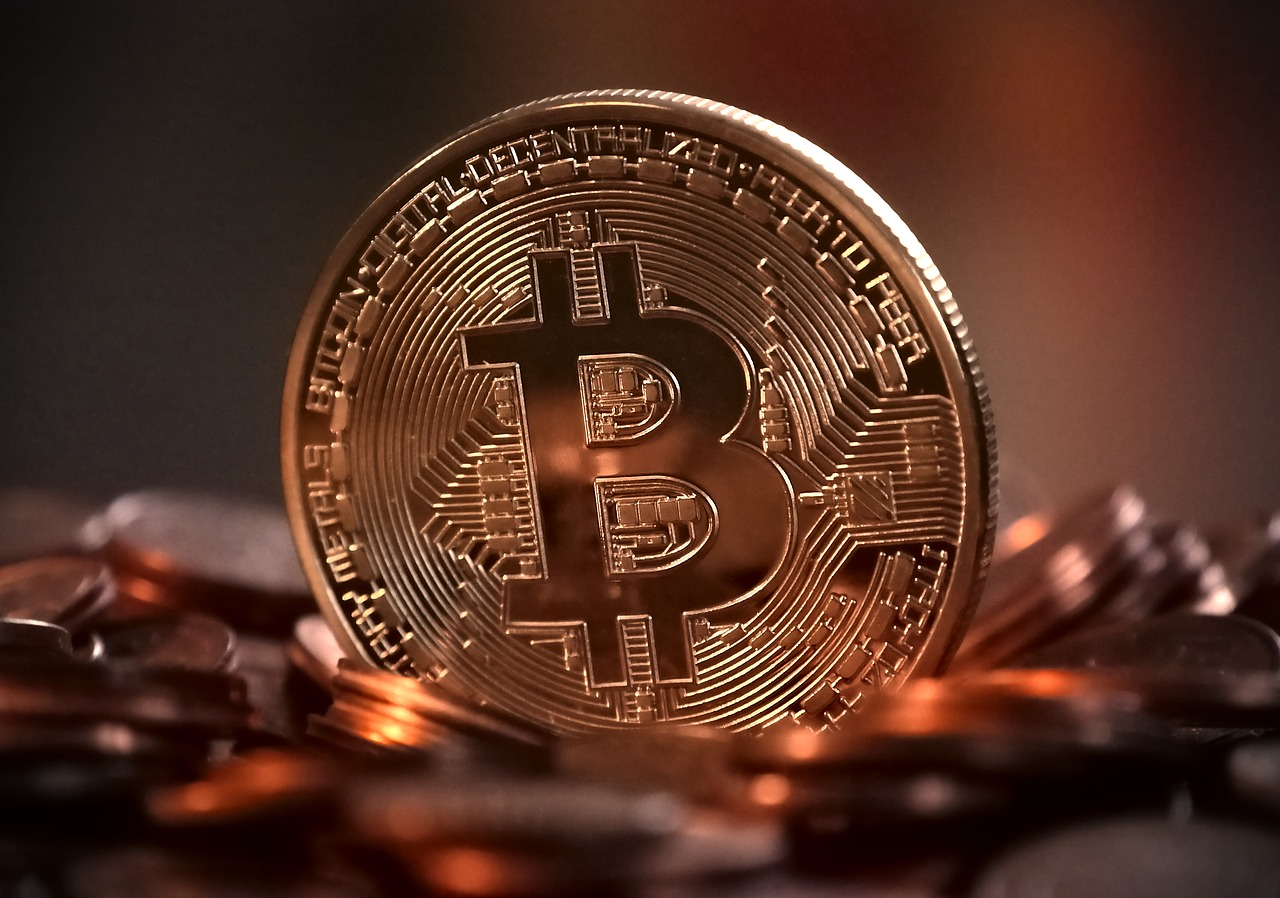 Bitcoin's Growth Is Due To Accustomed Inefficiencies In Traditional Payment System, Says US SEC's Chairman