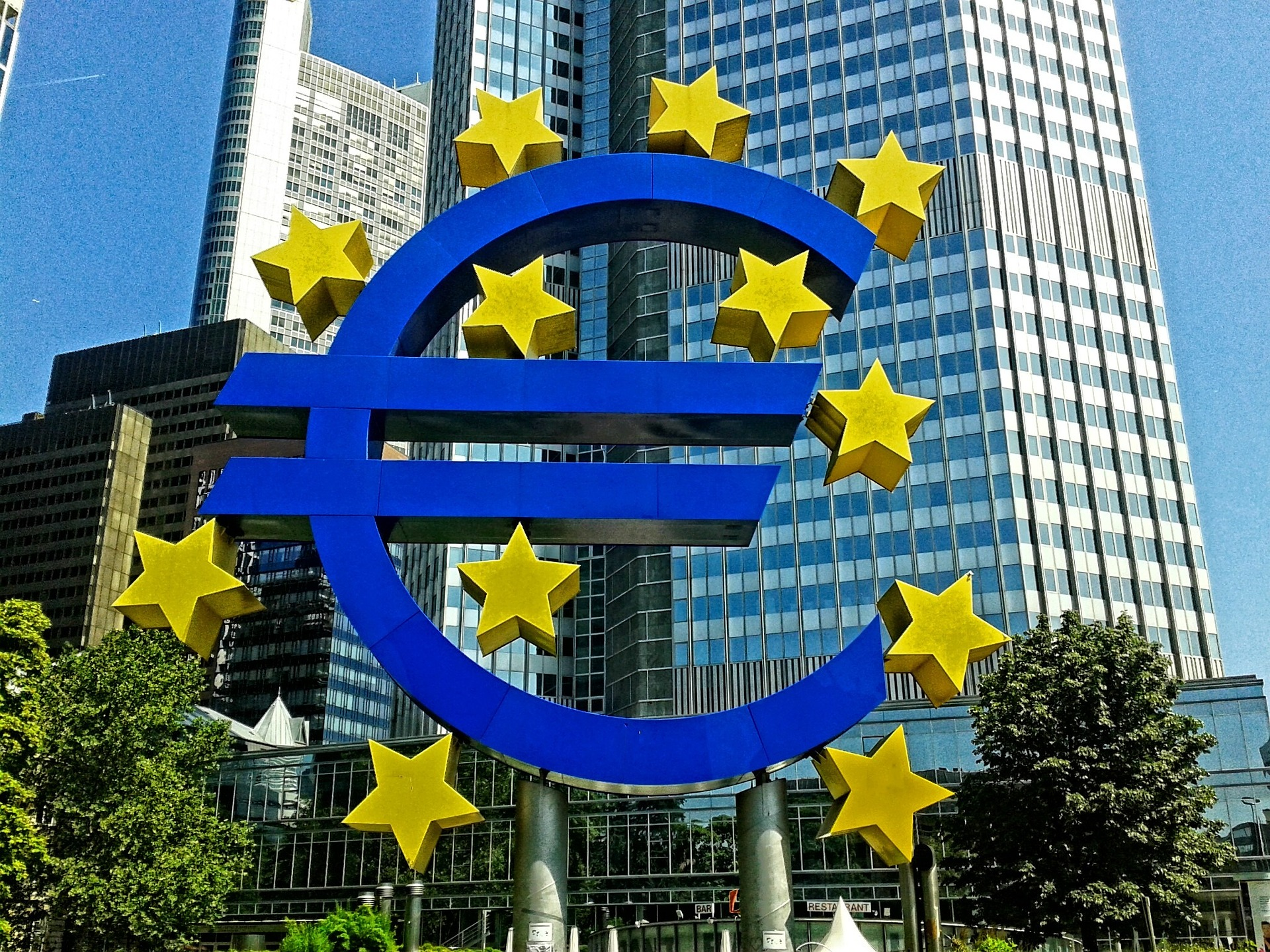 European Central Bank (ECB) Wants Full Control of Stablecoin Issuance within the Region