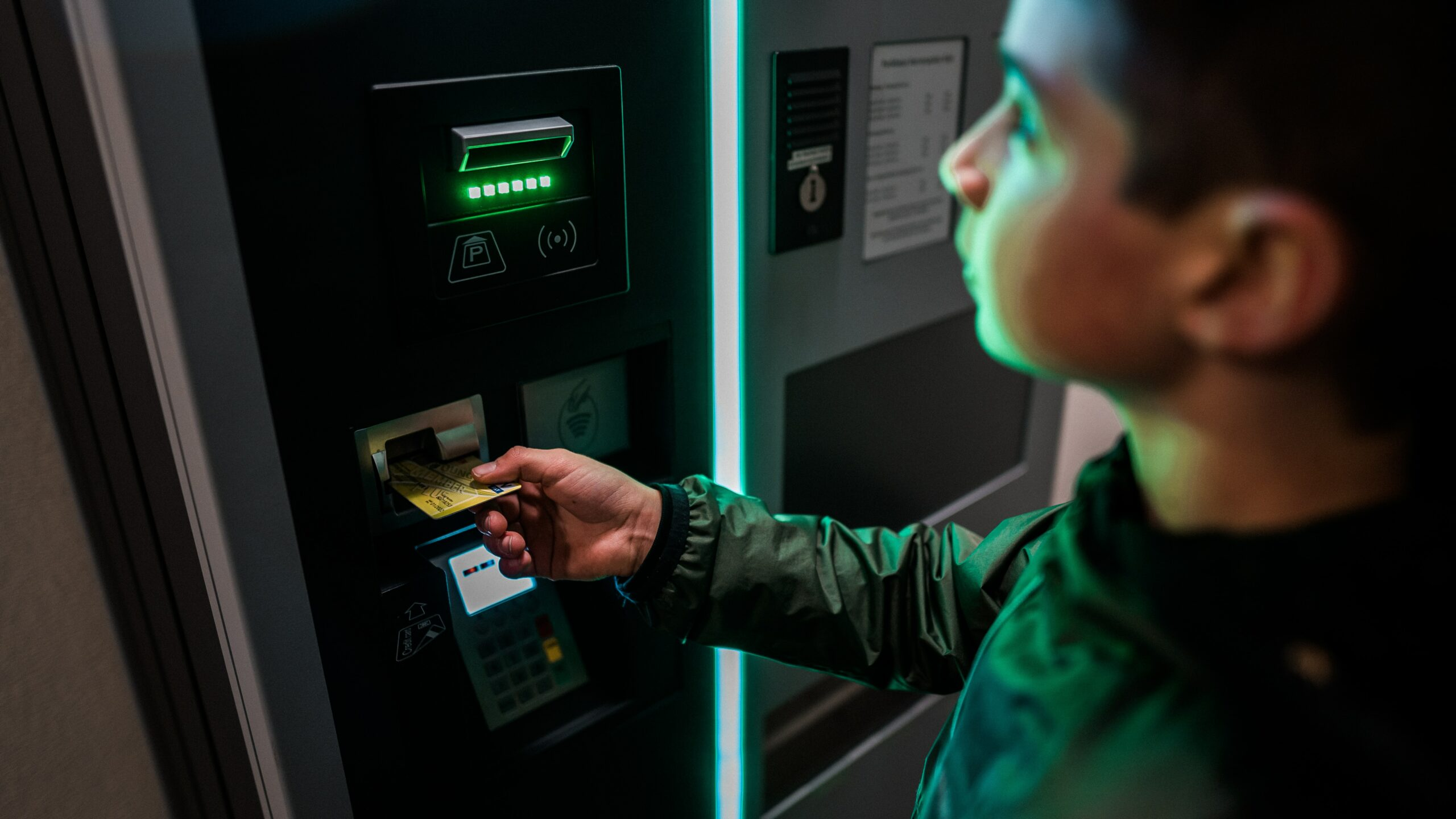 Virginia-Based Blue Ridge Bank To Allow Cardholders Buy And Redeem BTC At ATMs